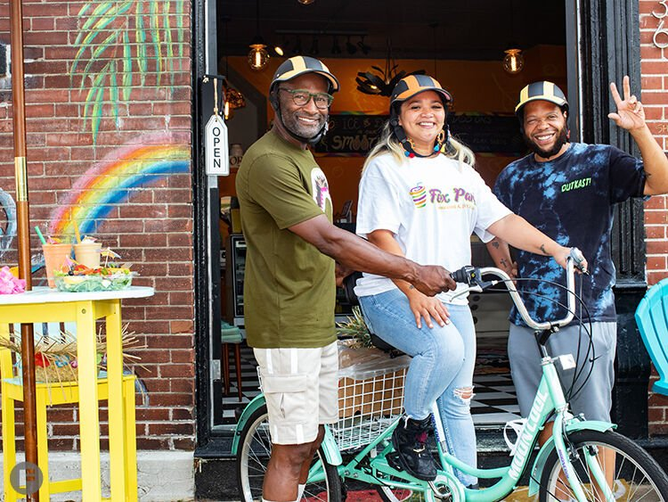Fox Park Smoothie & Juice Bar owners