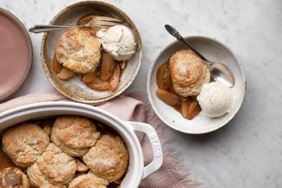 Spiced Biscuit Apple Cobbler