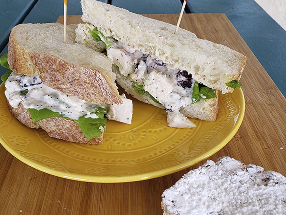 Best Regards Bakery & Café Box Lunch