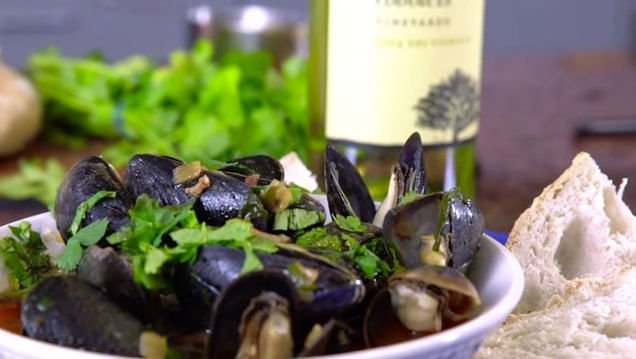 Portuguese Mussels with Beer and Chorizo