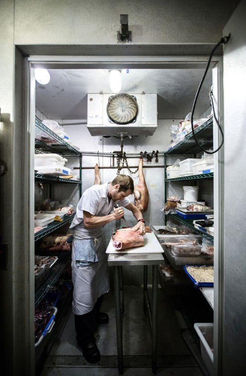 Chris bolyard tapped as st louis butcher at knife pork - Chef de cuisine st louis ...
