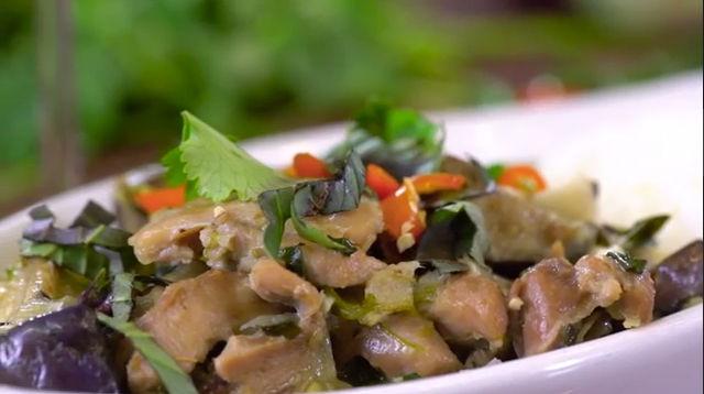Thai-Style Green Curry Chicken