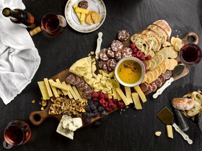 Red & Dessert Wine Board