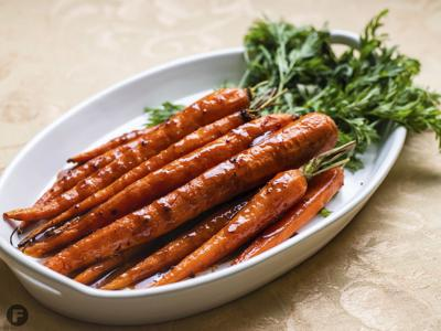 Chipotle-Agave Glazed Carrots