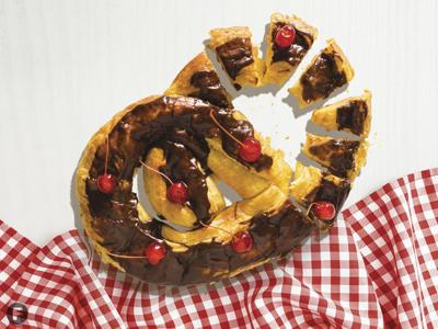 Cherry-Chocolate Kringle