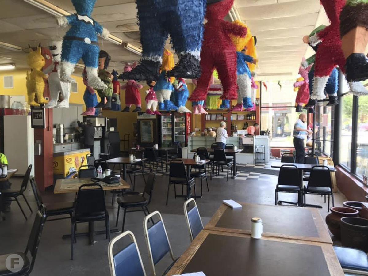 Los Alamos Market y Cocina Interior