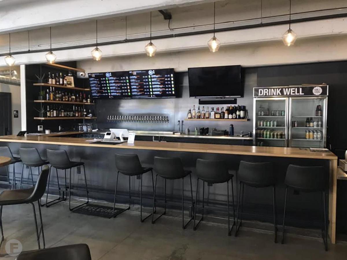 Oak & Steel Bar