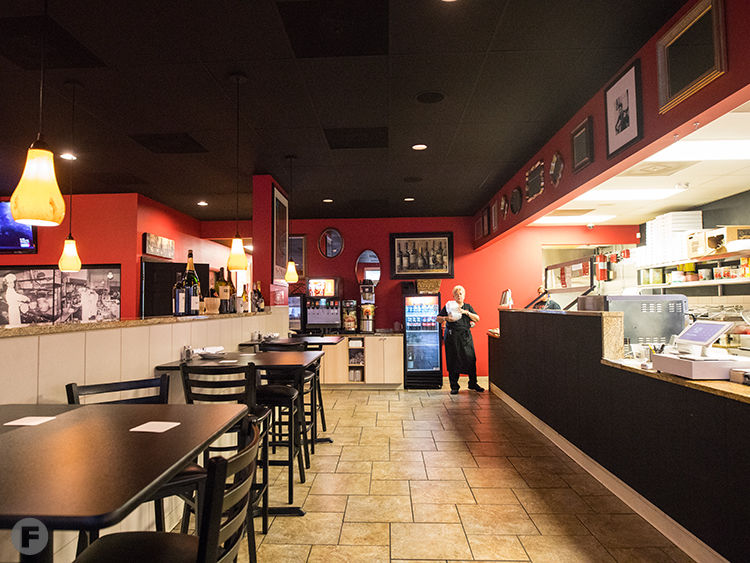 Liliana S Italian Kitchen Now Open In South County Serving St Louis Style Pizza Pasta And More Restaurant News Feast Magazine