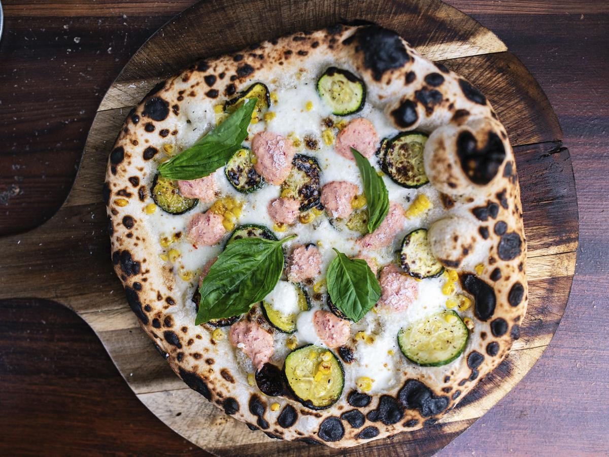 Noto Pizza Corn Pizza