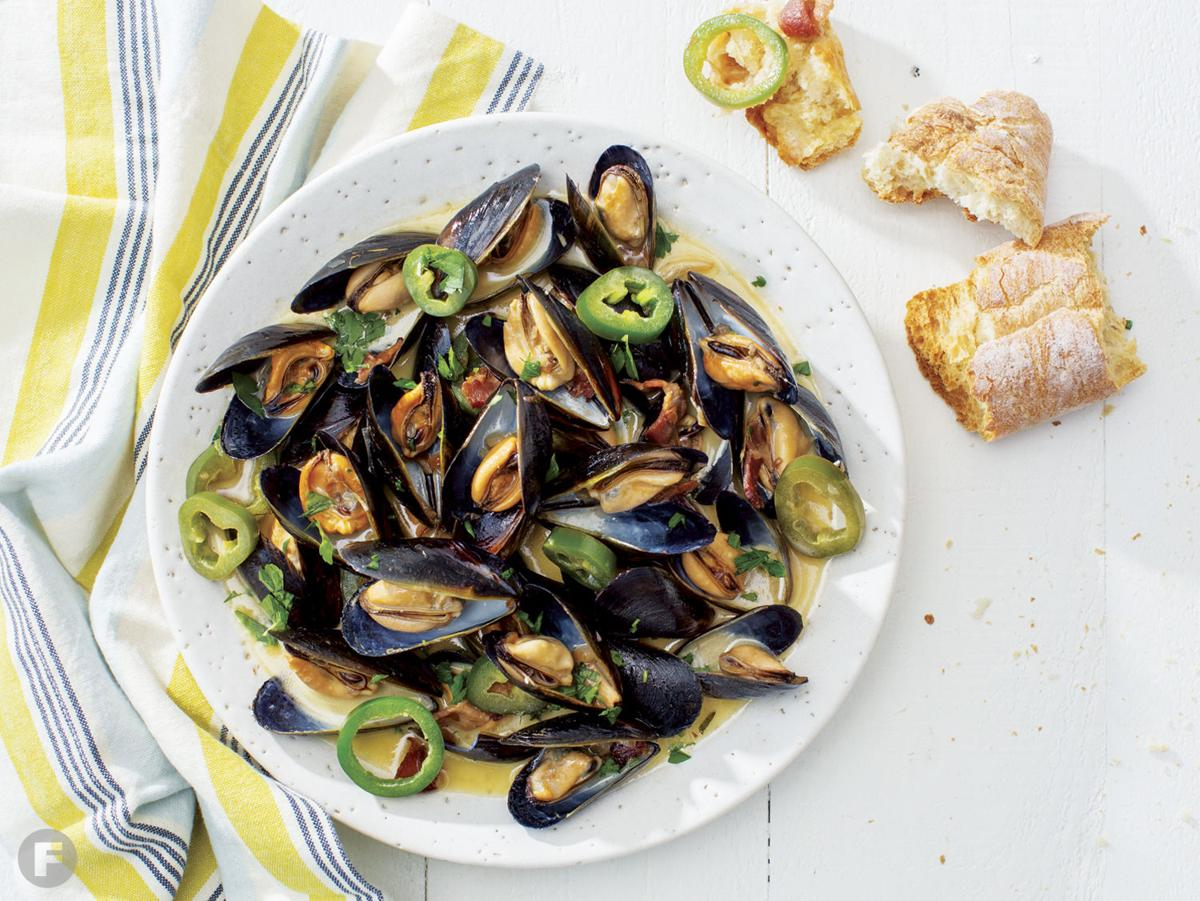 Mussels with Bourbon-Maple Syrup Cream Sauce