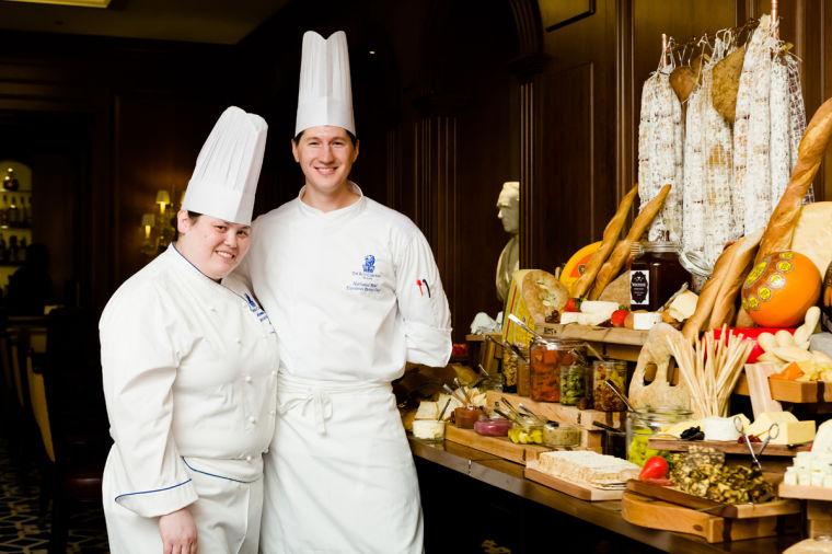 The Restaurant  The RitzCarlton St Louis