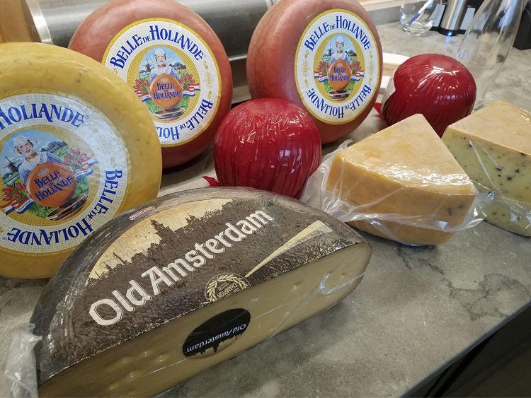 Van Gogh's Eeterie Cheeses