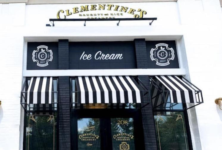 Clementine's Lake St. Louis Exterior
