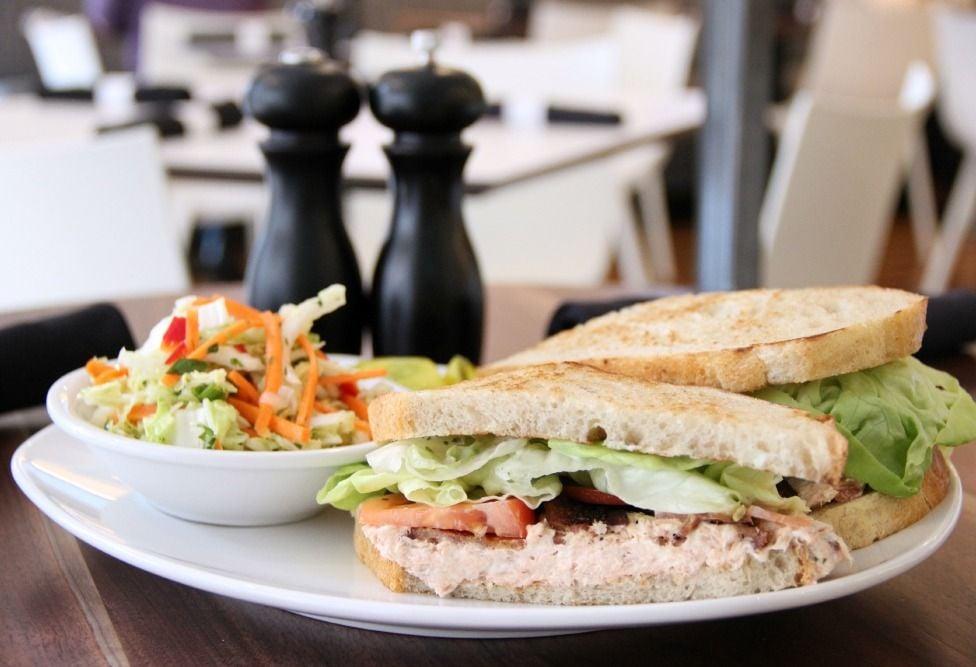 Whitebox Eatery: Sandwich