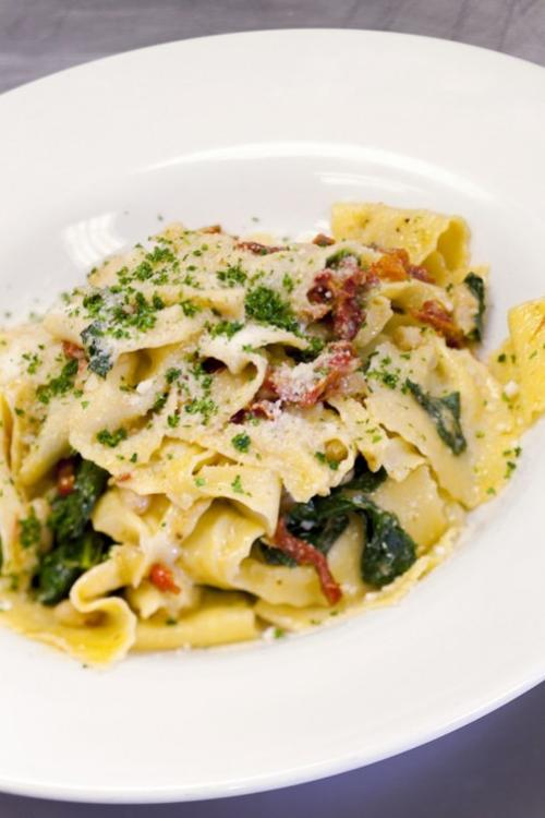 Bowtie Pasta with Sun-Dried Tomatoes, Cannellini and Spigarello
