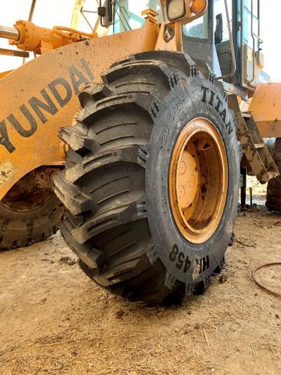 CN Titan Loader Tire