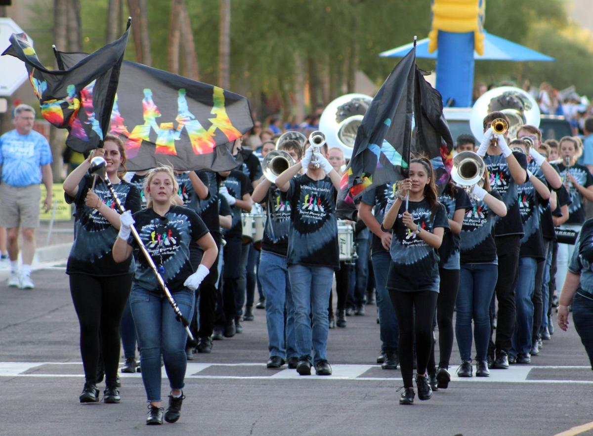 Homecoming parade (3).JPG