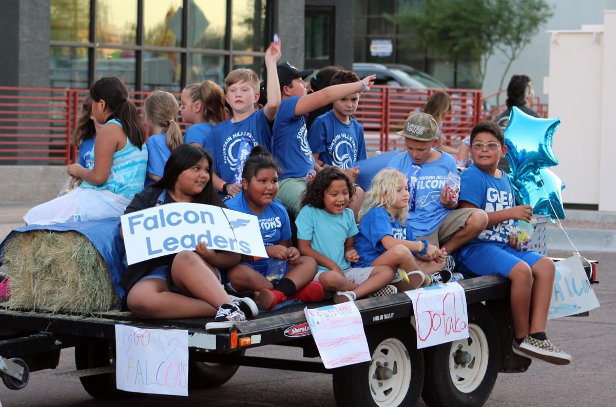 Homecoming parade (12).JPG