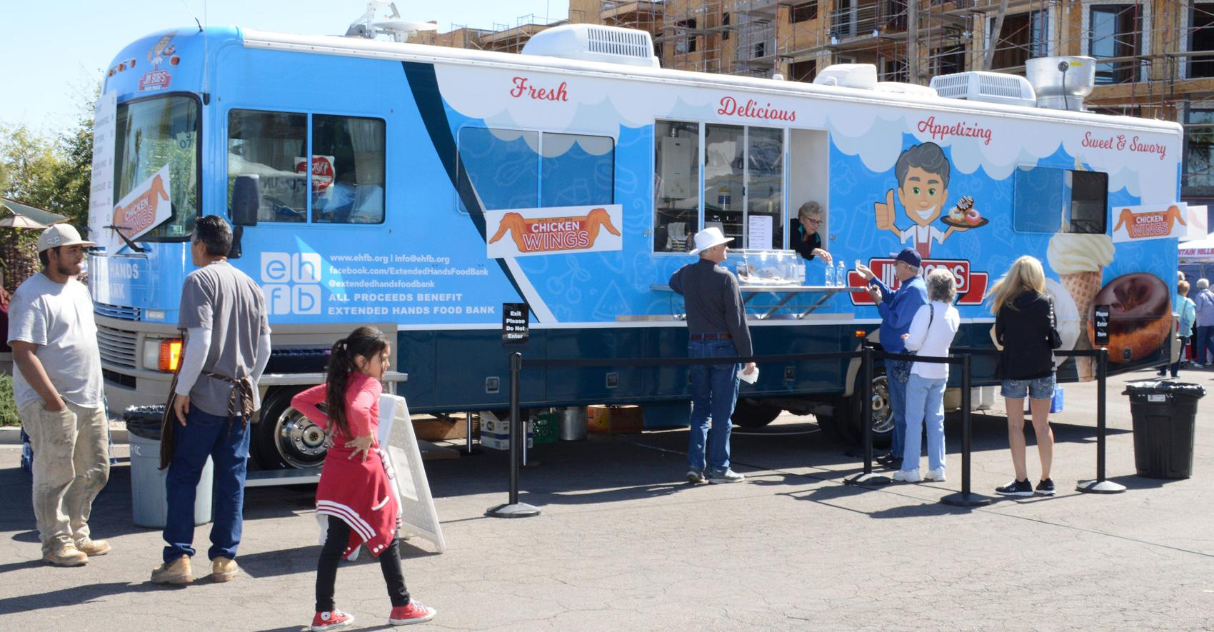 Arizona food truck to serve fish dinners for a cause