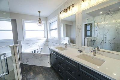 Top 8 Bathroom Remodeling Tips for New Homeowners