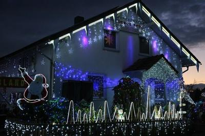 Christmas All Year Round: Jolly Reasons to Install Permanent Holiday Lights