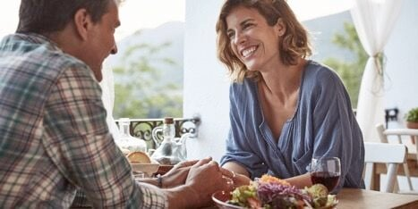 Dating Tips For People Over 40: The Internet Has Something To Offer