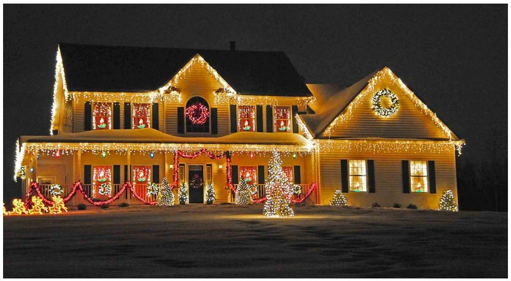 How To Make Your Christmas Lights Display The Best In The Neighborhood Featured Finehomesandliving Com