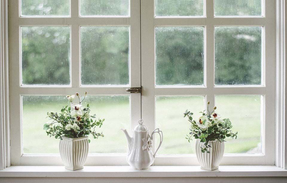 How to Use Window Accessories to Upgrade Your Home's Style