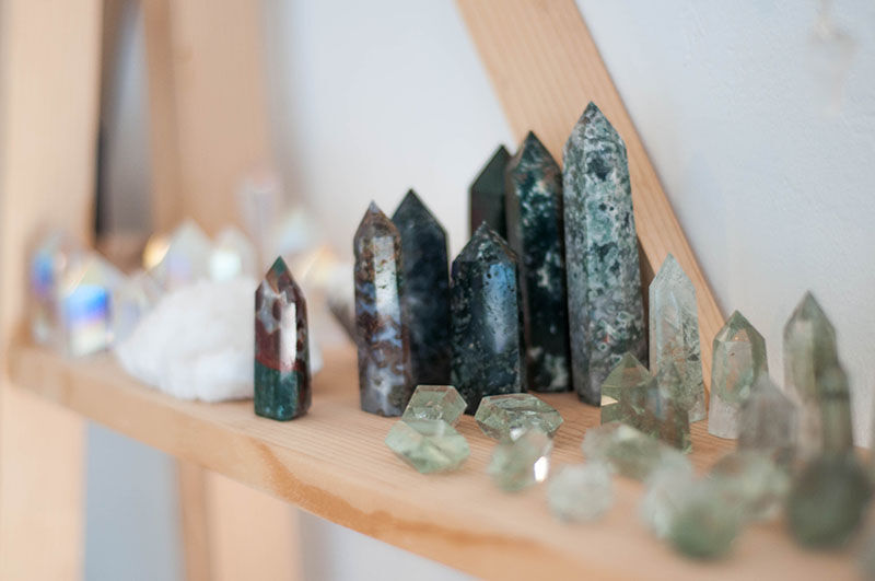 Carlsbad Gemstone Expert says Crystals are a Girl's Best Friends