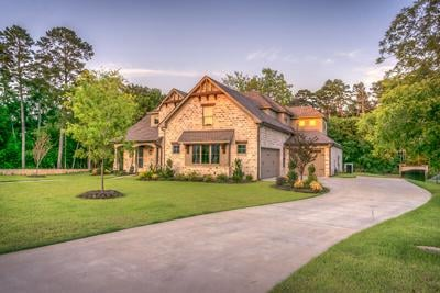 How to Choose the Best Driveway Material