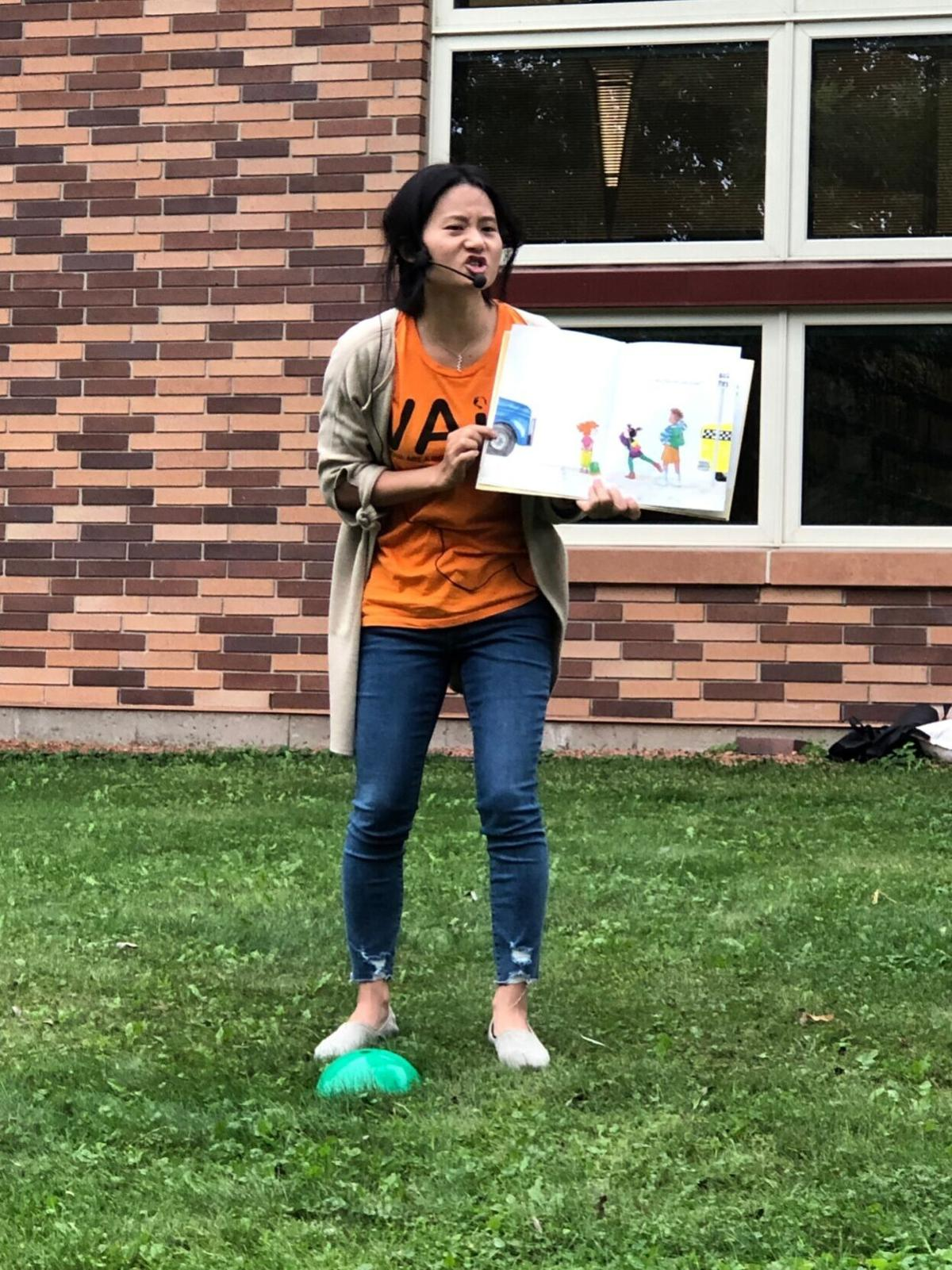 VAIS holds a multi-language storytime