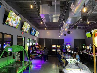 EinStein's Pub & Arcade