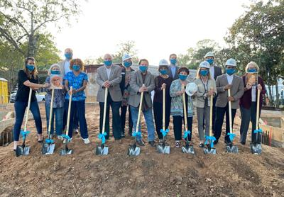 groundbreaking photo Fort Bend Museum board n donors