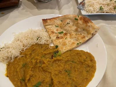 Review: Mai Colachi Indo/Pak Cuisine offers hefty helping of flavor
