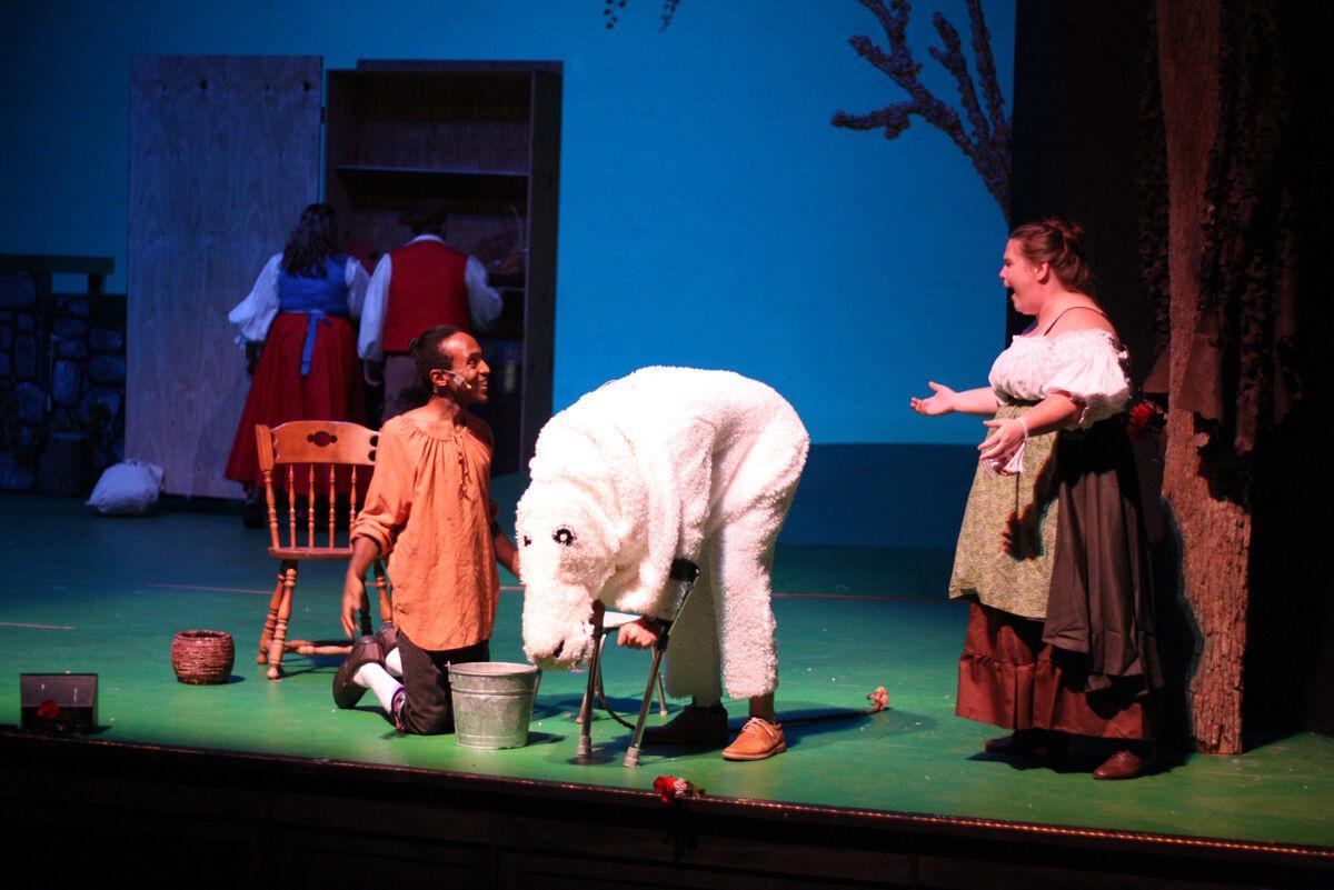 Theater  (1) web.jpg