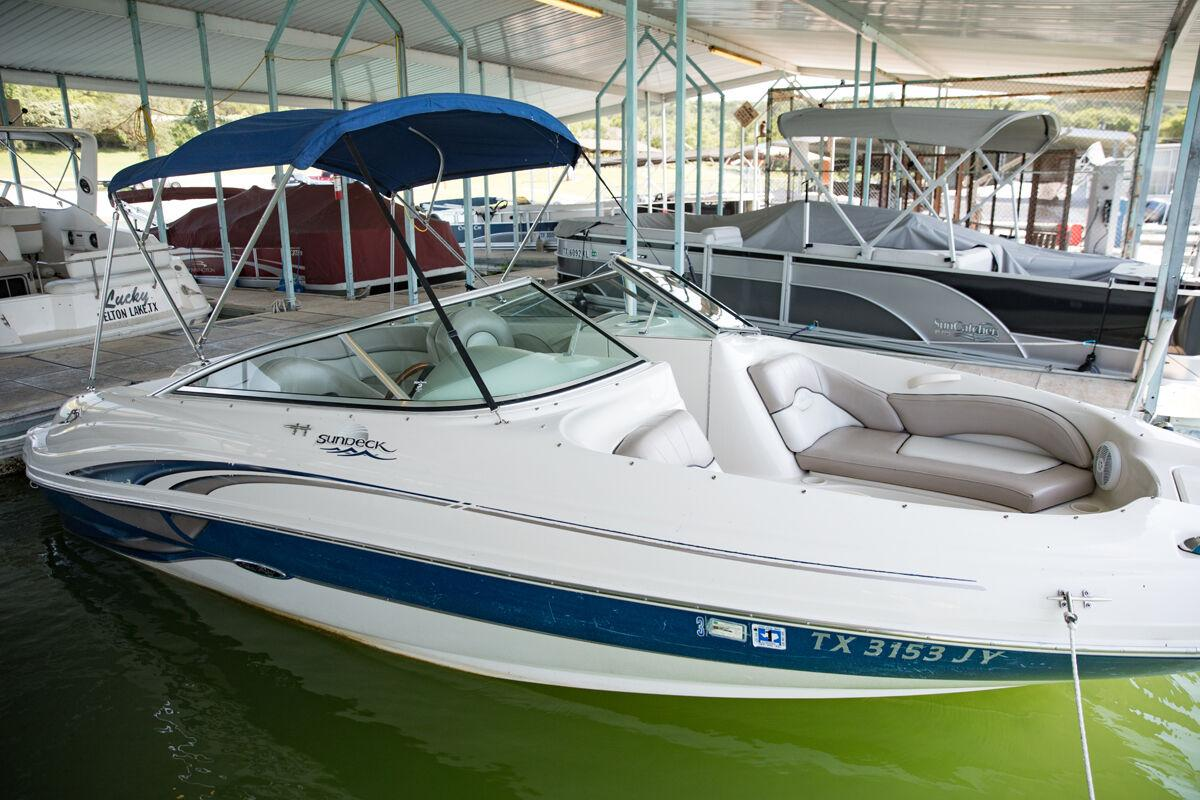 Boat Rentals_006_Blair Dupre web.jpg