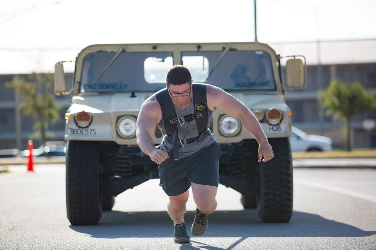 Strongman Competition_011_Blair Dupre.jpg