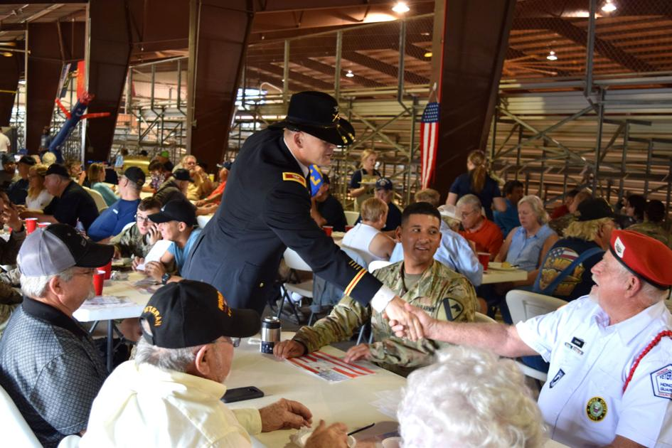 First Team Division Artillery honors Leon County veterans