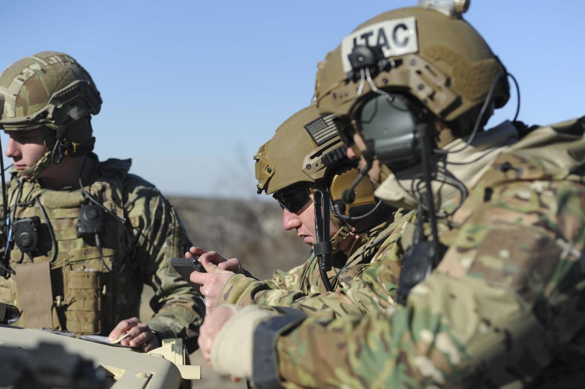 Hood Air Force Jtacs Train Close To Home News Forthoodsentinelcom