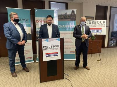 Chamber of Commerce joins civic leaders to encourage early voting