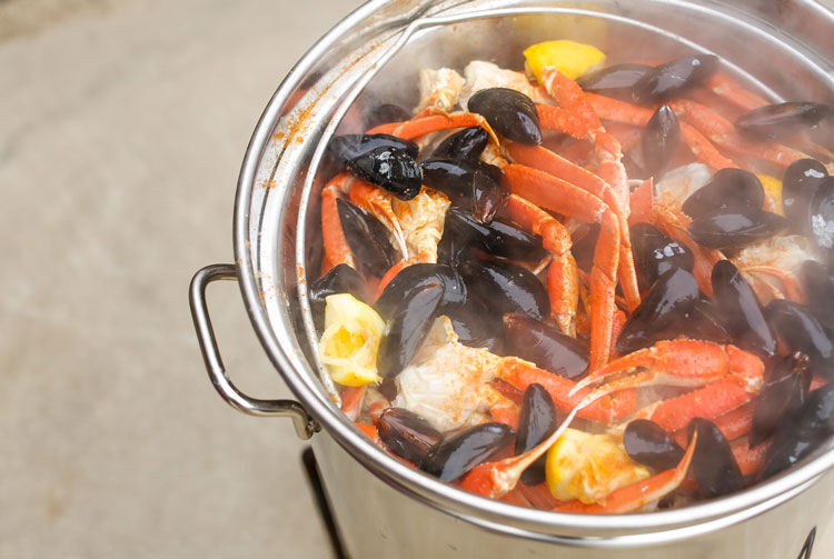Outer Banks Crab Boil pot