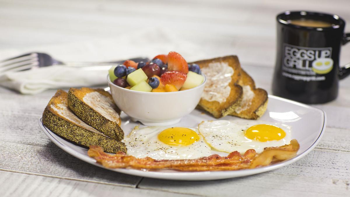 Eggs Up Grill Classic web