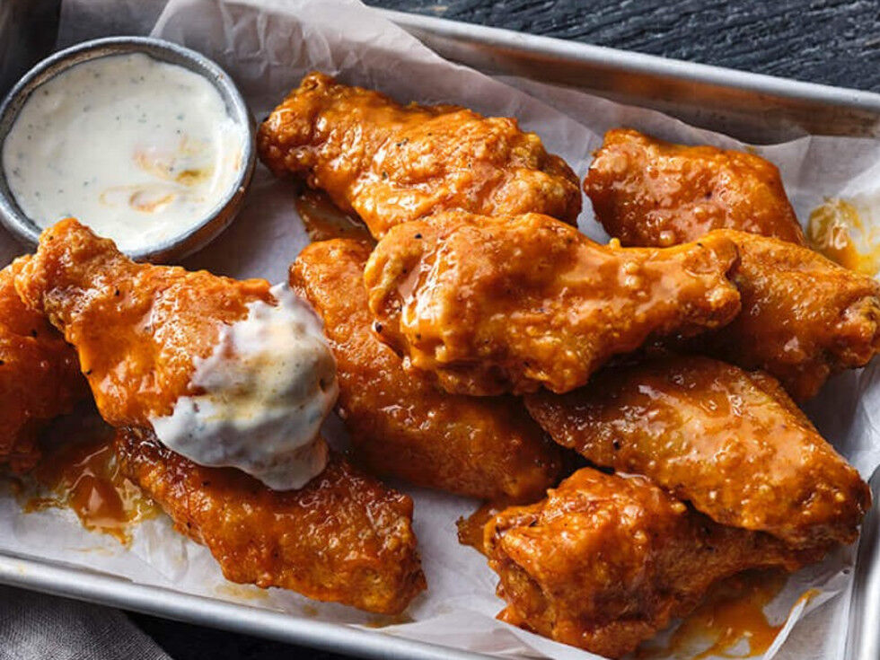hoots wings food