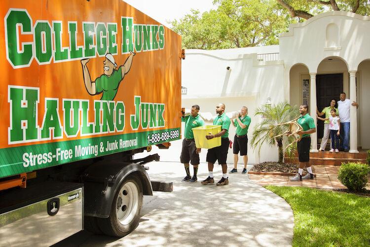 750 College Hunks