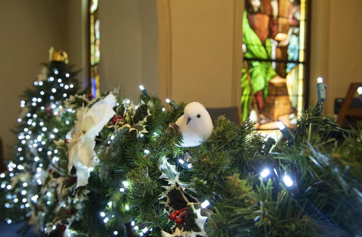 Christmas Decorations For Church Sanctuary  from bloximages.newyork1.vip.townnews.com