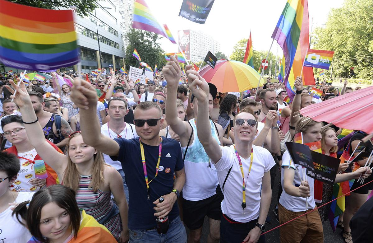 Gay pride parade turnout defies conservative times in Poland | Ap |  fredericknewspost.com