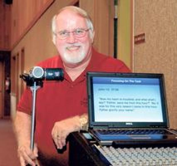 Pastor adapts to technology, improves preaching by watching