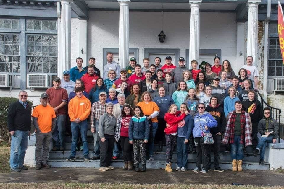 Three congregations work together on service trip