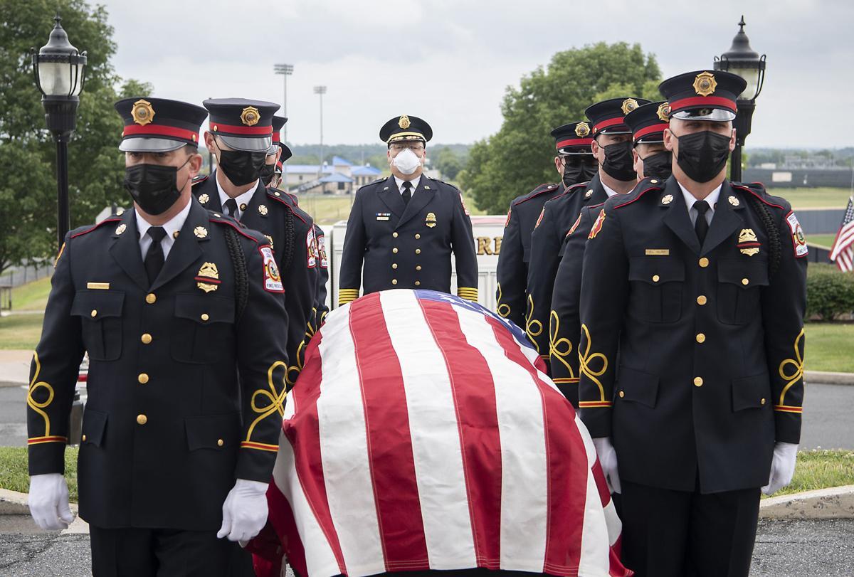 BG Fallen Firefighter Viewing 2
