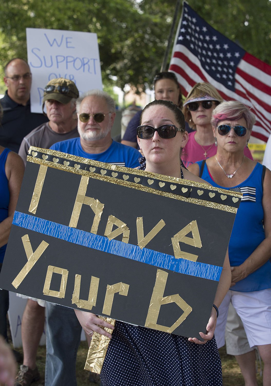 DG Blue lives matter rally 1